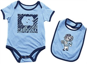 Infant UNC Tarheels Lt. Blue Look At The Baby Onesie and Bib Set