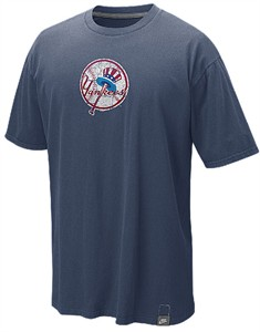 Nike New York Yankees Cooperstown Washed Logo Shirt