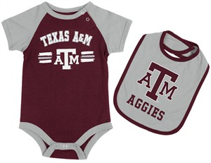 Texas A&M Aggies Infant Dribble Onesie and Bib Set by Colosseum